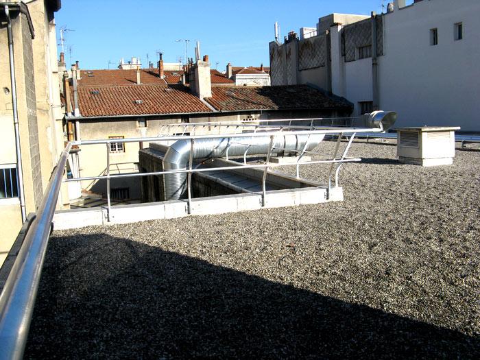Garde corps toiture et chelle crinoline m tallerie - Echelle piscine escamotable ...